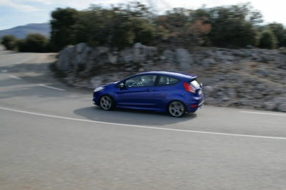 Fiesta ST vs 208 GTI vs Clio 200 Turbo: Stat Wars