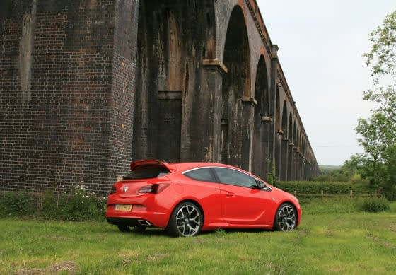 Vauxhall Astra VXR – Taming The Torque