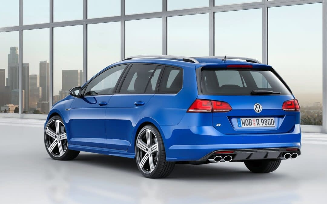 Gallery: 2015 Volkswagen Golf R Estate